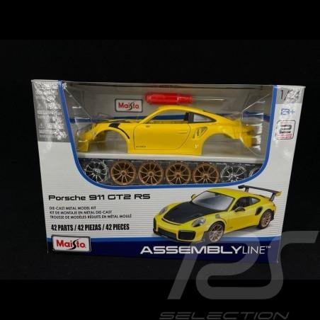 Porsche 911 GT2 RS type 991 phase II 2018 yellow / carbon self montage kit 1/24 Maisto 39523