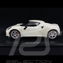 Alfa Romeo 4C 2013 Blanc Crème 1/18 AutoArt 70188