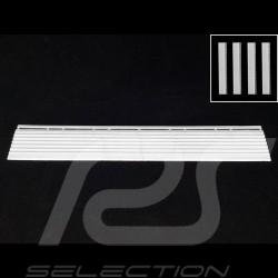 Abgeschrägter Bordstein für Garagenplatte - Farbe Weiß RAL7016 - 4er-Satz - ohne Ösen