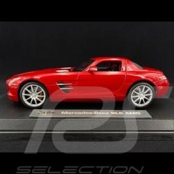 Mercedes-Benz SLS AMG Gullwing Rot 1/18 Maisto M36196