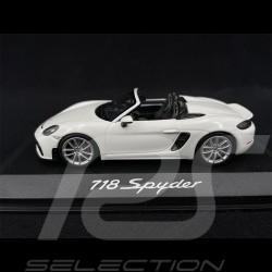 Porsche 718 Boxster Spyder 2019 white 1/43 Minichamps WAP0202100K