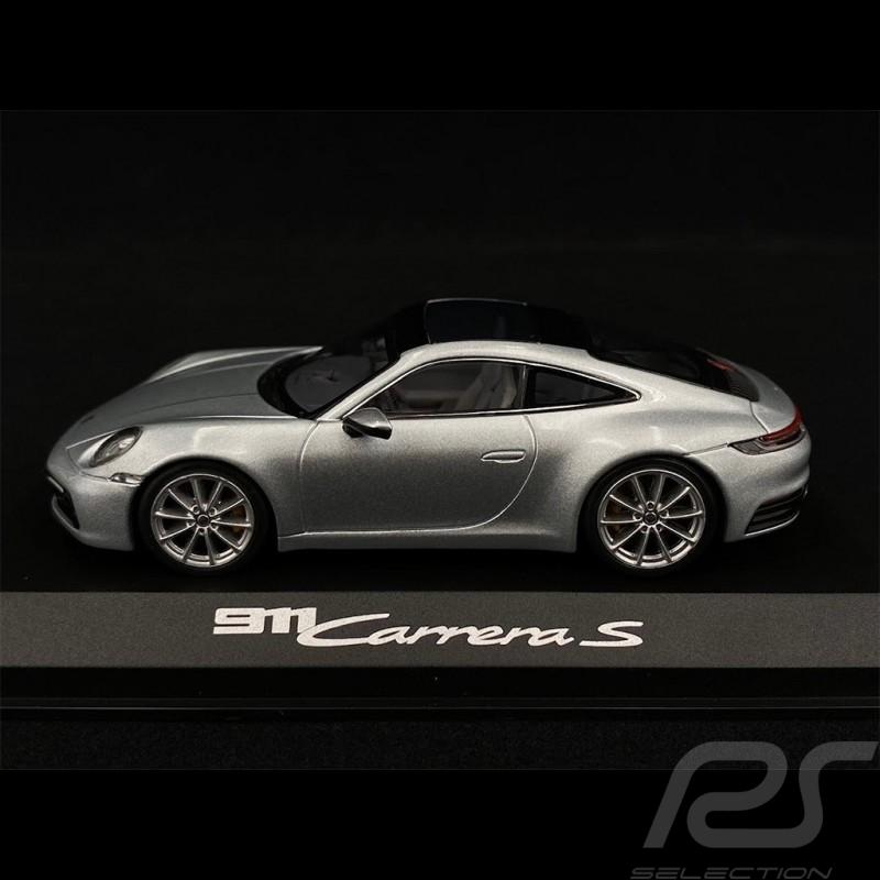 Porsche 911 type 991 Carrera 4 GTS argent silver silber rhodium métallique 1/43 Schuco WAP0201020F